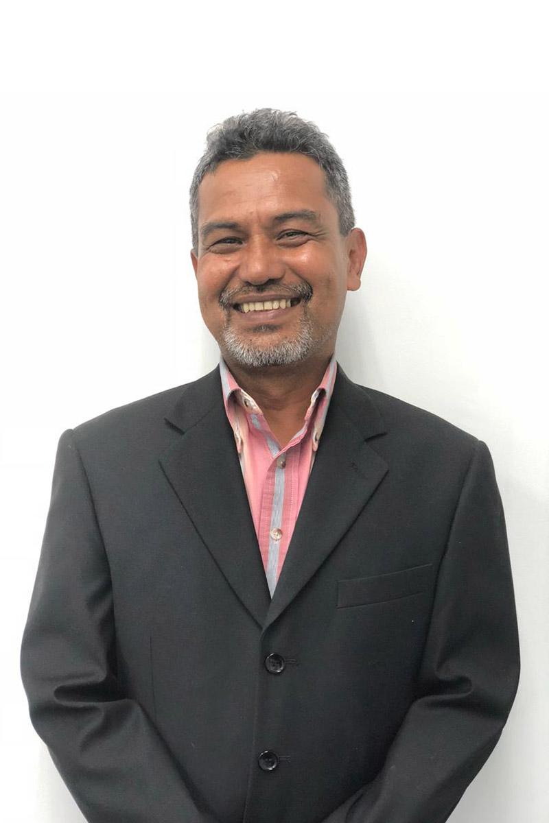 Mr Zainal Abidin Bin Abdul Hadi, Group Financial Controller